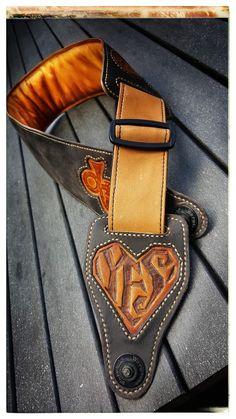 Handmade Bassstrap, Guitar Strap, Leather, Handmade, DIY, Leatherworks, Leathercraft, Prince Gitarrengurt,
