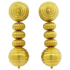 View this item and discover similar for sale at - A pair of yellow gold earrings in a ribbed motif. Crafted by Ilias Lalaounis, the earrings measure x and weigh grams. Greek Jewelry, Gold Jewelry, Fine Jewelry, Jewelry Bracelets, Jewellery, Gold Drop Earrings, Sterling Silver Earrings, 1980s Design, Jewelry Design Drawing