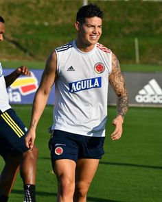 James Rodriguez Colombia, Hot Rugby Players, Football Boys, Adidas, Surfing, Gay, Instagram, Formula 1, Grande