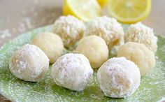 These Gluten-Free Vegan No-Bake Lemon Meltaway Balls are an easy and healthy recipe made with only 8 clean, real food ingredients. They're the perfect plant-based dessert or snack that can be prepared in under 10 minutes! Raw Desserts, Paleo Dessert, Healthy Desserts, Raw Food Recipes, Cooking Recipes, Healthy Recipes, Cooking Tips, Roh Vegan, Vegan Raw