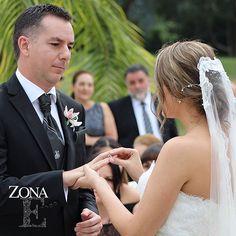 #MomentosZonaE, son para toda la vida. Ven y conoce el lugar donde tus sueños se hacen realidad y enamórate  Llámanos al 3106158616/ 3206750352 y reserva desde ya. #CasaBali #boda #BodasAlAireLibre #BodasCampestres #Eventos #weddingplannner #weddingplanning #weddingtips #boda #wedding #timetoparty #celebration #weddingreception #weddingparty #destinationwedding #bodascolombia #bodasmedellin #tuboda #yourstyle