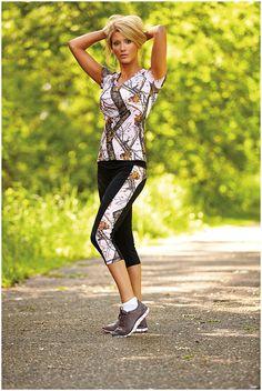 Southern Sisters Designs - Mossy Oak Pink Break Up Active Wear Capris, $37.95 (http://www.southernsistersdesigns.com/mossy-oak-pink-break-up-active-wear-capris/)