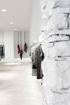 View full picture gallery of E L L E Bar Interior, Retail Interior, Modern Interior Design, Interior And Exterior, Fashion Showroom, Store Interiors, Retail Design, Visual Merchandising, Store Design