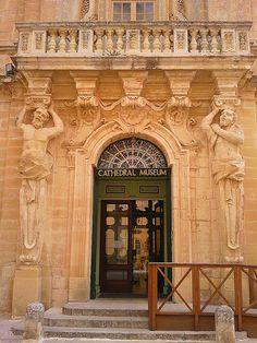 Mdina, the former capital of Malta. Our Malta photo tour: http://www.europealacarte.co.uk/malta