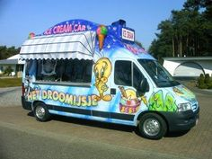 Beautiful ice cream cars for sale. Wondermooie ijswagens.