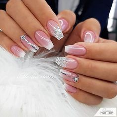Pink Glitter Nails Light Pink Glitter Nails Pattern Beautiful Light Colors to Your Nails For Wedding Annyvarsary Party Give Unique Look To Your Nail With Light Pink Glitter Nails For Wedding. Sexy Nail Art, White Nail Art, Sexy Nails, Cute Nails, Black Nail, Pink Glitter Nails, Wedding Nails Design, Nails For Wedding, Bridal Nails