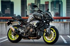 2017 Yamaha FZ-10 Hyper Naked Motorcycle - Model Home