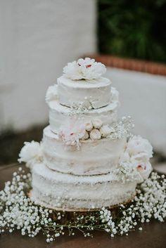 White wedding cake with white flowers | Jessica Perez Photography