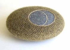 s-c-r-a-p-b-o-o-k: Susanna Bauer - Morning Dew, pebble, silk-mohair, cotton yarn. (via leslieavonmiller) Crochet Stone, Knit Crochet, Design Textile, Textile Fiber Art, Fibre Art, Sticks And Stones, Recycled Art, Textiles, Stone Art