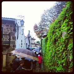 Agora facendo unha visita guiada pola Pobra do Caramiñal #Arousaabordo #arousaturismo #Galicia by arousa-norte, via Flickr