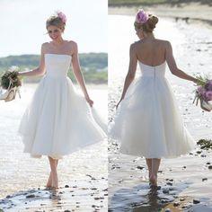 2015 Tea Length Beach Wedding Dresses with Dotted Net Tulle Strapless Bridal Gowns Summer Fall Garden Boho Chic Little Vestidos De Novia