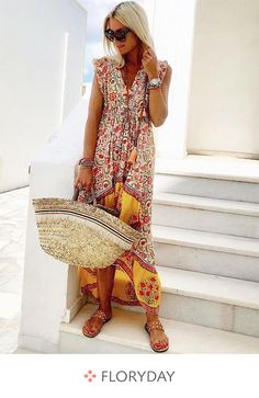 Buy Floral Dresses Summer Dresses For Women at JustFashionNow. Online Shopping Justfashionnow Floral Dresses Vintage Dresses Holiday V Neck Floral-Print Sleeveless Holiday Dresses, The Best Holiday Summer Dresses. Discover Fashion Trends at justfashionnow Boho Summer Dresses, Summer Dresses For Women, Boho Dress, Casual Dresses, Floral Dresses, Dress Summer, Ladies Dresses, Shift Dresses, Maxi Dresses
