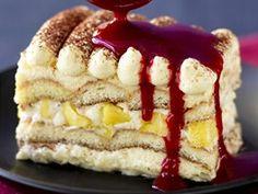 Nepečený tvarohový dort s piškoty a ovocem