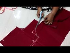 Blouse stitching in Tamil Part Aishutte From this video you can learn how to make blouse Cutting and Stitching in Tamil(DIY) We teach blouse cutting a. Tailoring Techniques, Sewing Techniques, Saree Blouse Patterns, Sari Blouse, Sewing Stitches, Sewing Patterns, Sewing Hacks, Sewing Tutorials, Choli Blouse Design