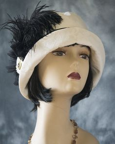 1920s Vintage Inspired Flapper / Cloche Hat by aileens4hats on Etsy
