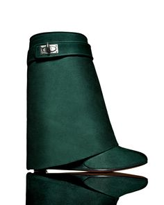 Tendance chausseurs : NM Exclusive: Givenchy Suede Shark-Lock Fold-Over Boot in Forest Green/ Wedge Boots, Heeled Boots, Boot Heels, Givenchy Shark, Givenchy Boots, Fold Over Boots, Green Boots, New Handbags, Shoes 2015
