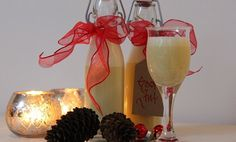 Eggelikør All Things Christmas, Flute, Champagne, Cooking Recipes, Drinks, Tableware, Diy, Drinking, Beverages