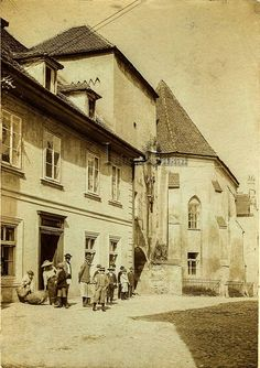 Sf, Old Pictures, Romania, Beautiful Places, Painting, Travel, Deli, Antique Photos, Viajes