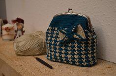 kék-bézs neszi (5) Coin Purse, Purses, Wallet, Fashion, Handbags, Moda, Fashion Styles, Fashion Illustrations, Purse