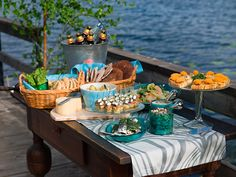 #Midsummer #food on a jetty by a #lake