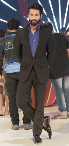 Shahid Kapoor : Photos: Alia Bhatt, Shahid Kapoor on 'Jhalak Dikhhla Jaa' finale