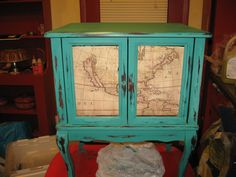 Chalk Paint Furniture for Beginners by Holle Cook Albee