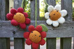 Flowers Stroller Toy by Ana Paula Rimoli, via Flickr