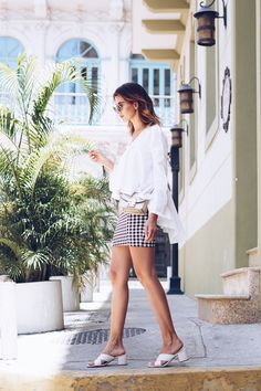SUMMER FASHION: Panama streetstyle outfit with gingham skirt and volants.