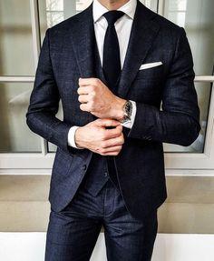 Mens Fashion Blog, Mens Fashion Suits, Mens Suits, Men's Fashion, Lifestyle Fashion, Fashion Lookbook, Gentleman Mode, Gentleman Style, Best Suits For Men