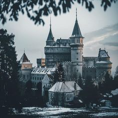 Who always wanted to live in a fairytale castle?  Bojnice, Slovakia 🇸🇰