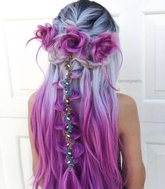 18 vibrant and pastel mermaid hair color ideas 18 lebendige und Pastell Meerjungfrau Haarfarbe Ideen - Long Hair Style Trends Hair Color Purple, Cool Hair Color, Amazing Hair Color, Unique Hair Color, Periwinkle Hair, Purple Ombre, Hair Colours 2018, Long Purple Hair, Gray Hair