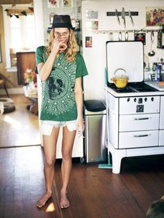 erin wasson you cool cat, get in my kitchen n drink coffee!