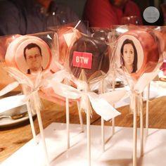 BTW Pops - Ensemble Cake Pops, Desserts, Diy, Food, Cake Pop, Tailgate Desserts, Do It Yourself, Postres, Bricolage