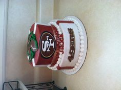 49ers Cake. I like the clean cut look of this cake but of course it wouldnt say happy birthday.