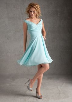 Discount Simple V-Neck Light Blue Latest Bridesmaid Dress Designs For Bridesmaid Free Measurement