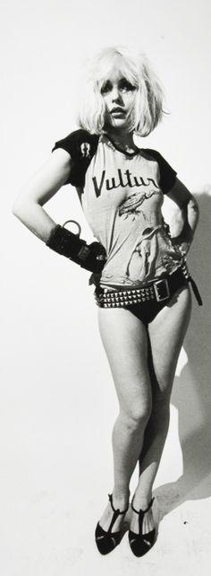 Miss Debbie Harry Beautiful People, Beautiful Women, Blondie Debbie Harry, We Will Rock You, Celebs, Celebrities, Famous Women, Classic Beauty, Grunge Fashion