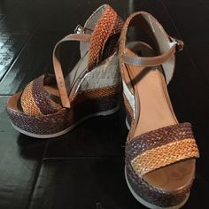 Mossimo tan & brown wedges Woven tan & brown wedges Mossimo Shoes Wedges