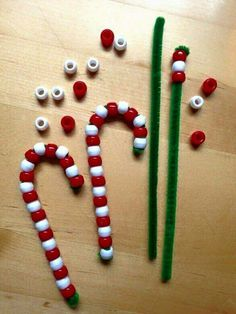 Find Easy Christmas Crafts for kids including preschool Christmas crafts.They will love these holiday crafts for Christmas craft ideas for children. Craft Stick Crafts, Crafts To Do, Party Crafts, Candy Cane Crafts, Diy Crafts, Craft Sticks, Pony Bead Crafts, Crafts For Seniors, Beaded Crafts