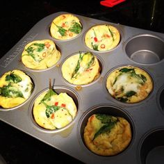 Scrambled egg muffin cups! Slow carb and super fast - make 'em on Sunday and have breakfast on the go all week!