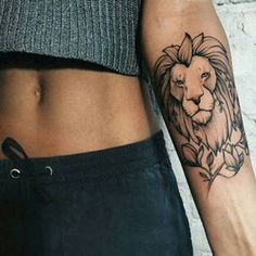 This majestic lion. | 23 Tattoos For People Who Just Fucking Love Animals