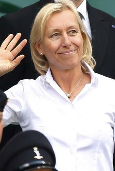 Tennis legend Martina Navratilova came out as a lesbian at the height of her career. Tennis Doubles, Tennis Match, Le Tennis, Tennis World, Tennis Legends, Sports Personality, Tennis Players Female, Tennis Stars, Badass Women