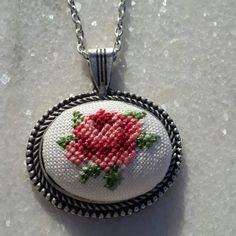This Pin was discovered by Işı Cross Stitching, Cross Stitch Embroidery, Hand Embroidery, Cross Stitch Patterns, Diy Fabric Jewellery, Stitch Cartoon, Cross Stitch Rose, Brazilian Embroidery, Stitch Kit