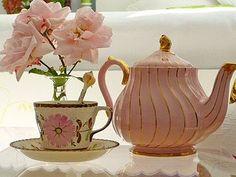 I don't have a proper tea pot and tea cups... shameful