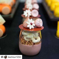 #Repost @bachour1234 (@get_repost) @bakelikeapro Strawberry granola and yogurt verrines photo by @kimberleymooremedia Bachour class at @savourschool #bachour1234 #bachour #antoniobachour #bachourchocolate
