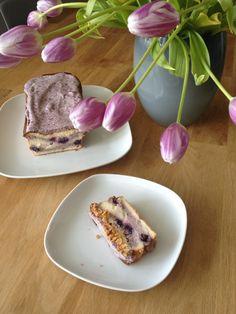 Heidelbeer Amarettini Kuchen mit Heidelbeer Sahne
