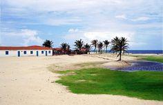 A hospedagem varia de R$ 100 a 300, com quarto para casal e café da manhã