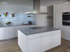 Trend Matt white fronts with glossy white accent glass