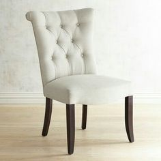 Classic luxury dining room with table chairs and showcase Luxury Dining Chair, Tufted Dining Chairs, Luxury Chairs, Mid Century Dining Chairs, Chairs For Dining Table, Dinner Chairs, Tables, Kitchen Chairs, Lounge Chairs