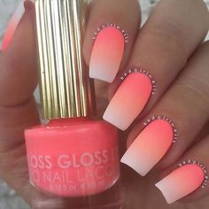 Tendance Vernis : Ombre nails are very trendy now. You can achieve the desired effect by using nail polish of different colors. To help you look glamorous we have found 30 pictures of beautiful nails. Neon Nails, Cute Acrylic Nails, Cute Nails, Pretty Nails, My Nails, Oval Nails, Fancy Nails, Pastel Nails, Nagellack Trends