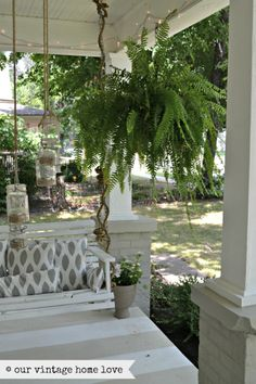 OurVintageDreamHome has such a beautiful house. I love everything about the outside of their home.